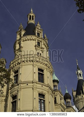 the park and the Castle of Schwerin in germany