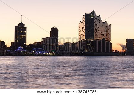 River Elbe And Elbe Philharmonic Hall (elbphilharmonie) At Morning With Sunrise In Hamburg, Germany