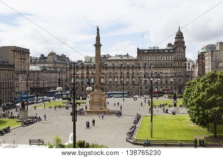 GLASGOW, SCOTLAND - 27 JUNI, 2016: Street view from Glasgow City Chambers in George Square in Glasgow. Glasgow is the city in the Lowlands in Scotland in the United Kingdom.