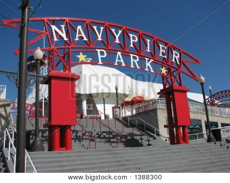 Navy Pier Park Entrance Chicago