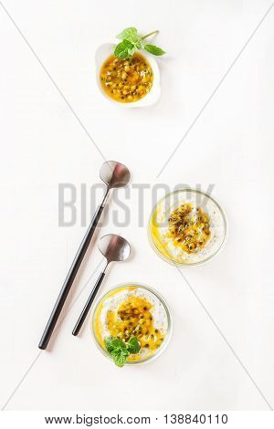 Yogurt With Trapicheskim Fruit, Passionfruit And Winter Cherry I