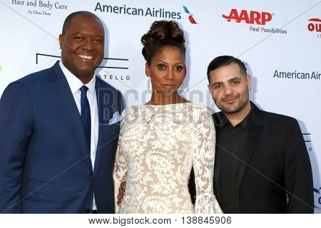 LOS ANGELES - JUL 16:  Rodney Peete, Holly Robinson Peete, Micheal Costello at the HollyRod Presents 18th Annual DesignCare at the Sugar Ray Leonard's Estate on July 16, 2016 in Pacific Palisades, CA