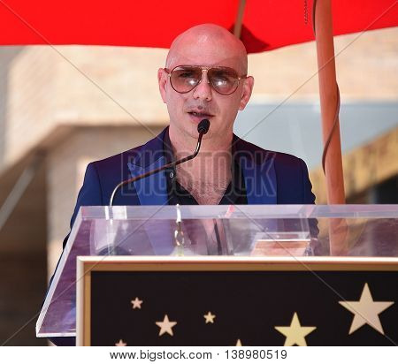 LOS ANGELES - JUL 15:  Pitbull aka Armando Christian Perez arrives to the Walk of Fame honors Pitbull on July 15, 2016 in Hollywood, CA