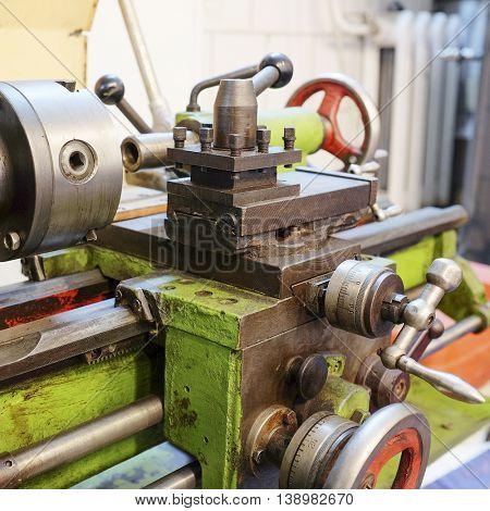 image of a lathe machine