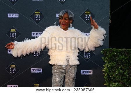 LOS ANGELES - APR 26:  Cicely Tyson at the 2018 TCM Classic Film Festival - Opening Night Gala - 50th Anniversary of
