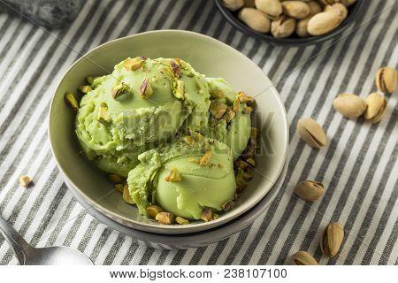Homemade Green Pistachio Ice Cream