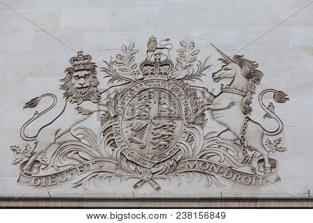 London, United Kingdom - June 22, 2017:  Royal Coat Of Arms Of The United Kingdom, Bas-relief On The