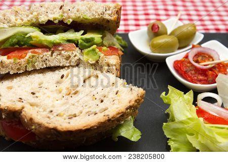 Vegan Avocado Sandwiches A Plate Of Avocado Vegan Sandwiches