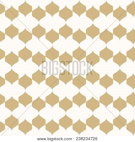 Vector Golden Ornament. Geometric Seamless Pattern In Oriental Style. Texture Of Mesh, Ornamental Gr