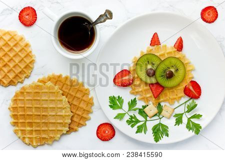 Fun Food For Kids Owl Sweet Waffles With Kiwi And Strawberry For Kids Breakfast