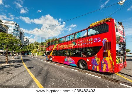 Santa Cruz De Tenerife, Canary Islands, Spain - Desember 11, 2016: City Sightseeing Bus At A Stop Wa