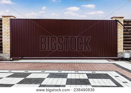 Large Automatic Sliding Garage Door