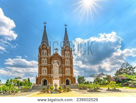 Lam Dong, Vietnam - April 20, 2018: Architecture Holy Church In Afternoon, This Is The Famous Ancien
