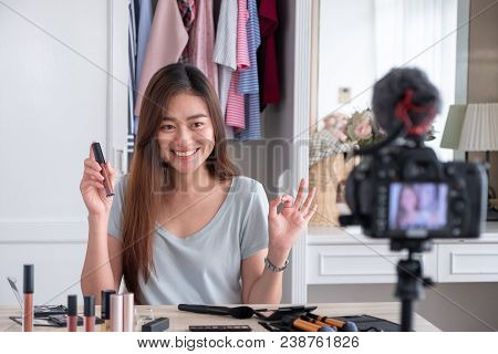 Asian Young Female Blogger Recording Vlog Video With Makeup Cosmetic At Home Online Influencer On So