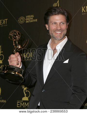 LOS ANGELES - APR 29:  Greg Vaughn at the 45th Daytime Emmy Awards at the Pasadena Civic Auditorium on April 29, 2018 in Pasadena, CA