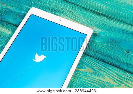 Sankt-petersburg, Russia, April 1, 2018: Twitter Application Icon On Apple Ipad Smartphone Screen Cl