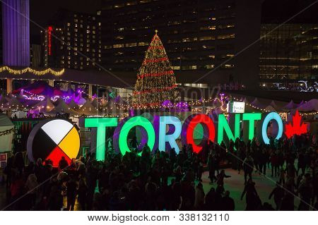 Toronto, Canada 12 23 2018: Night View On Nathan Phillips Square In The Major Canadian City Toronto