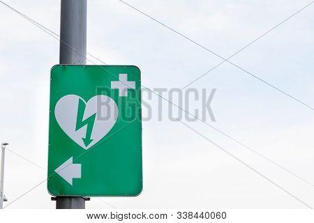 Vienna, Austria - November 6, 2019: Electric Defibrillator Logo On A Sign, Abiding By European Stand