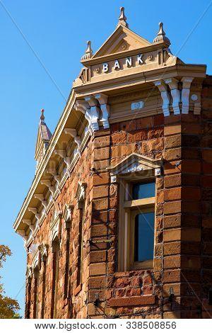 October 19, 2019 In Flagstaff, Az:  Vintage Stone Building Taken In Downtown Flagstaff, Az Where Peo