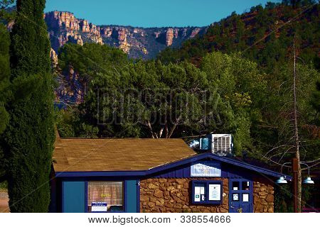 October 17, 2019 In Sedona, Az:  Zen Metaphysical And Spiritual Reader Stores Surrounded By Mountain