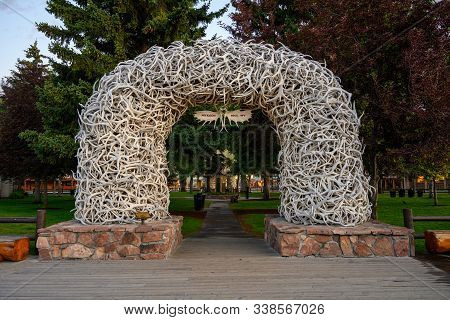 Jackson Hole, United States: July 22, 2019: Boardwalk And Antler Arch In Jackson