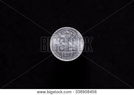 Czechoslovak Socialist Republic Old 5 Haleru, 10h Coin From 1977, Obverse Showing The Socialist Coat