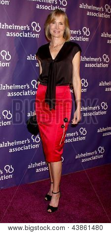 LOS ANGELES - MAR 20:  Willow Bay arrives at the 21st Annual A Night at Sardi's to Benefit the Alzheimer's Association at the Beverly Hilton Hotel on March 20, 2013 in Beverly Hills, CA