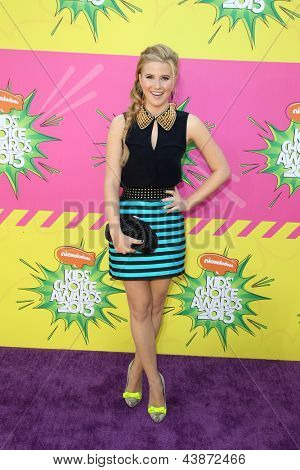 LOS ANGELES - MAR 23:  Caroline Sunshine arrives at Nickelodeon's 26th Annual Kids' Choice Awards at the USC Galen Center on March 23, 2013 in Los Angeles, CA