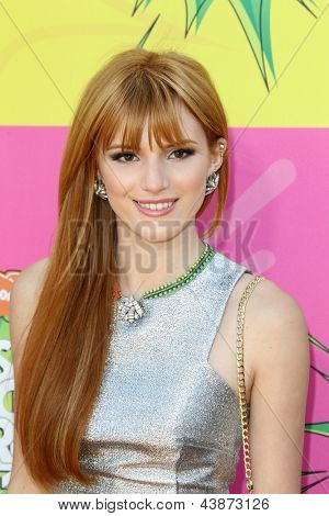 LOS ANGELES - MAR 23:  Bella Thorne arrives at Nickelodeon's 26th Annual Kids' Choice Awards at the USC Galen Center on March 23, 2013 in Los Angeles, CA