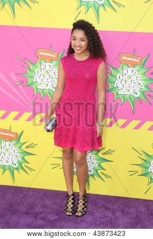 LOS ANGELES - MAR 23:  Jaylen Barron arrives at Nickelodeon's 26th Annual Kids' Choice Awards at the USC Galen Center on March 23, 2013 in Los Angeles, CA