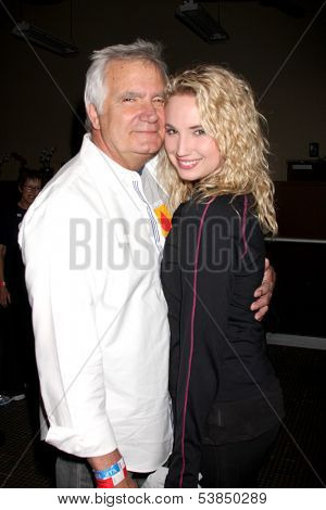 LOS ANGELES - OCT 6:  John McCook, Molly McCook at the Light The Night The Walk to benefit the Leukemia-Lymphoma Society at Sunset-Gower Studios on October 6, 2013 in Los Angeles, CA