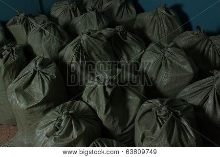 Many bag chokes