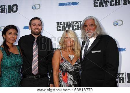 LOS ANGELES - APR 22:  Guest, Zack Larson, Bill Wichrowski, Karen Gillis at the