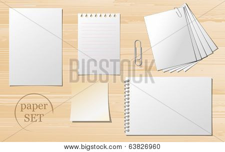 Set of paper sheets