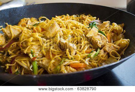 mushroom, chicken, or turkey and vegetable stir fry with fresh vegetables