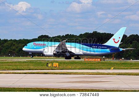 Boeing 787-8 Dreamliner.