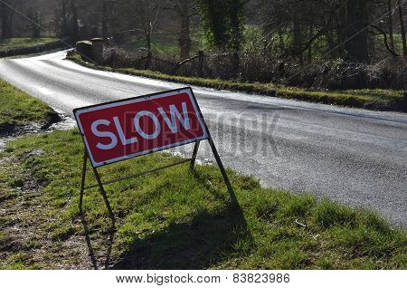 Slow road traffic sign.