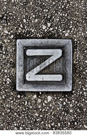 Z style sign