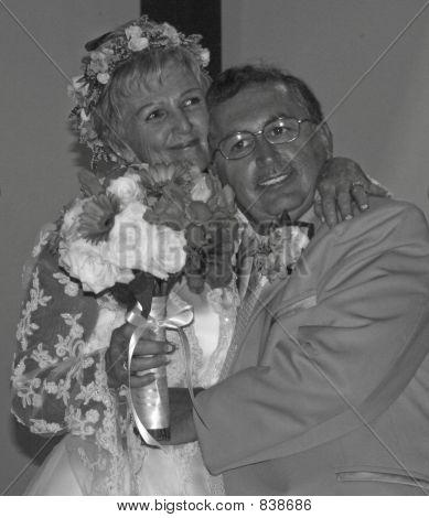 BW wedding couple