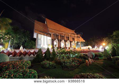 Sala Loi Temple Churches At Night