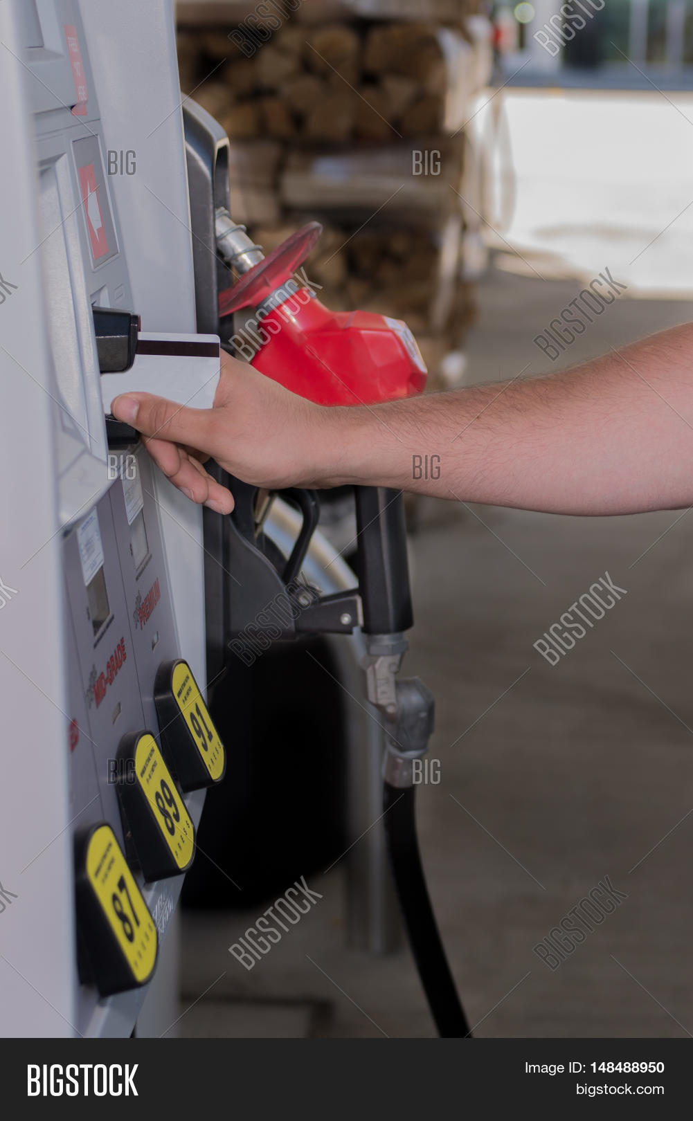 Using Credit Card Gas Image & Photo (Free Trial) | Bigstock