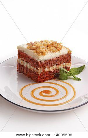 Ein Stück Karottenkuchen