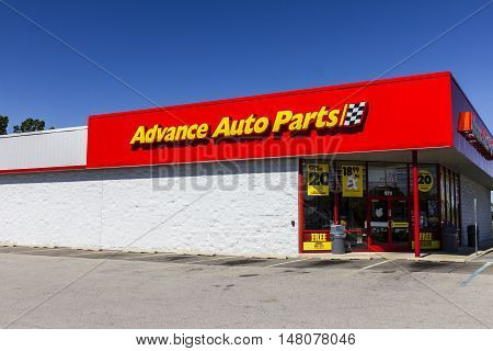 Ft. Wayne - Circa September 2016: Advance Auto Parts Retail Location. Advance Auto Parts is the largest retailer of automotive replacement parts and accessories in the US III