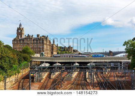 Waverly Station And Hotel Balmoral In Edinburgh