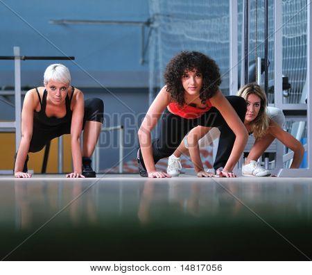 Gruppe von Wei, trainieren Sie im Fitness-club
