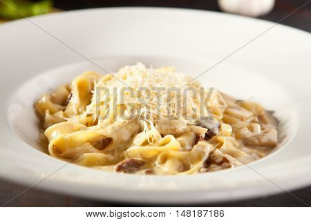 Pasta with Mushrooms and Parmesan Cheese