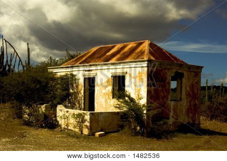 Casa De Nadie 01