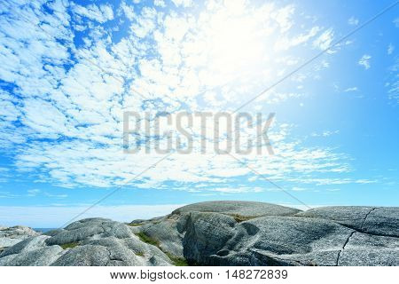 Norwegian sea and rocky mountains - Verdens Ende