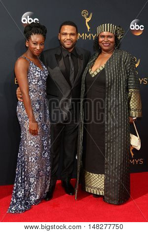 LOS ANGELES - SEP 18:  Kyra Anderson, Anthony Anderson, Doris Hancox at the 2016 Primetime Emmy Awards - Arrivals at the Microsoft Theater on September 18, 2016 in Los Angeles, CA
