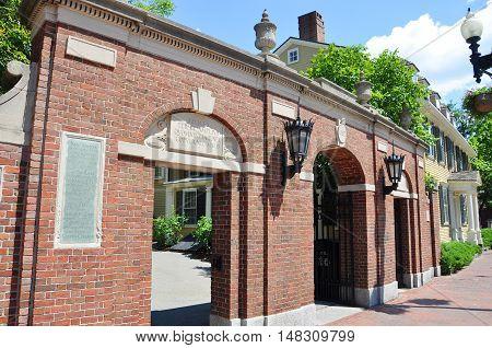 Harvard University Gate, Cambridge, Boston, Massachusetts, USA